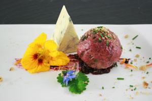 Rote Beete-Gorgonzola-Knödel